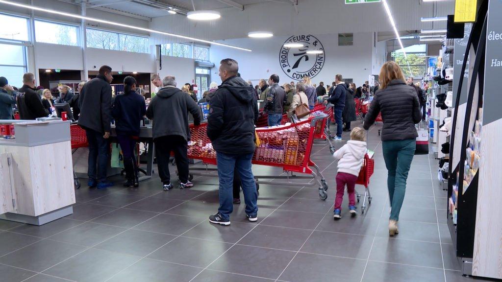 Comment s'organise l'ouverture des magasins les jours fériés ?