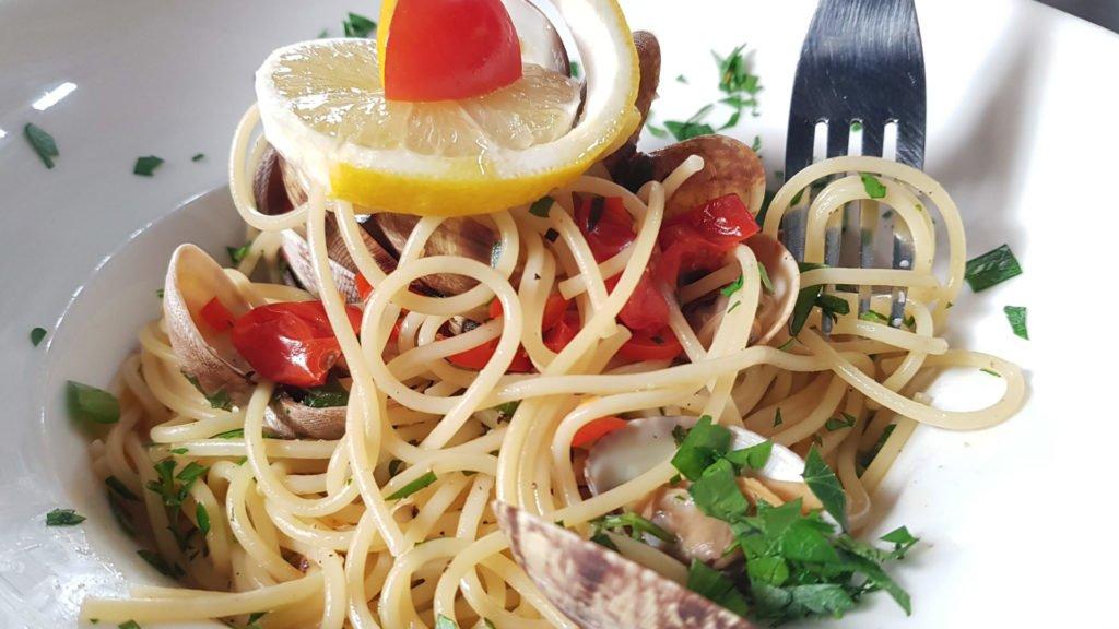 Sébastiano DI PAOLA vous prépare des pâtes aux palourdes