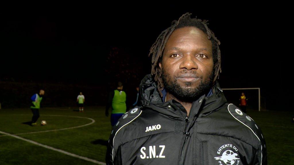 Le nouvel entraîneur de l'Entente Sportive Wiesviller-Wœlfling 93 a un profil atypique