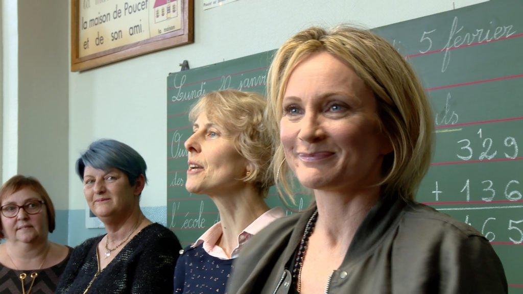 Patricia Kaas inaugure le musée de l'école d'autrefois au Habsterdick