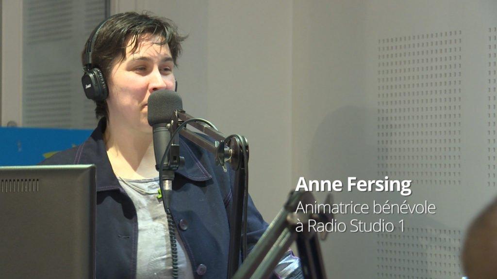 Anne Fersing, animatrice bénévole chez nos confrères de Radio Studio