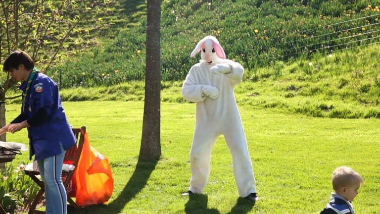À la chasse aux œufs de Pâques