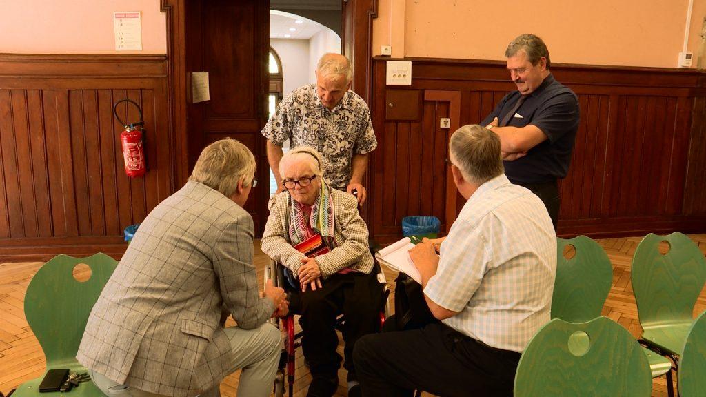 Une centenaire fait sa rentrée au Lycée Jean de Pange