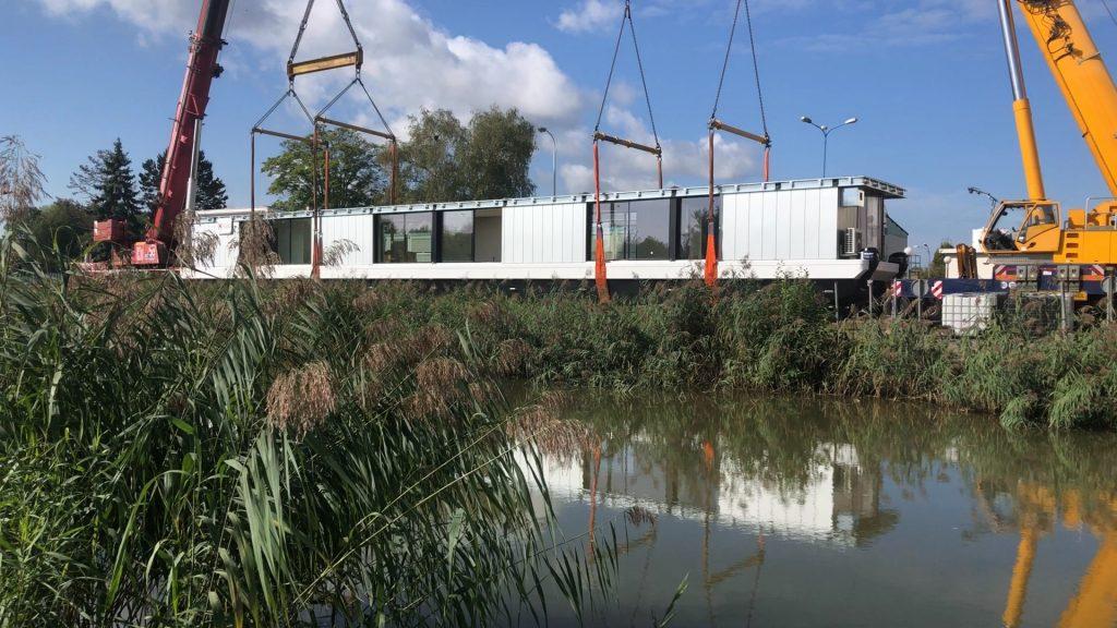 Un restaurant flottant mis à l'eau à Sarralbe