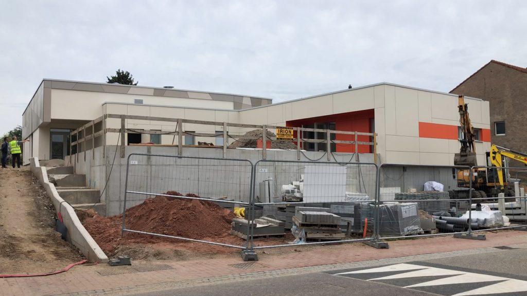Nouvelle école et nouveau foyer à Rech