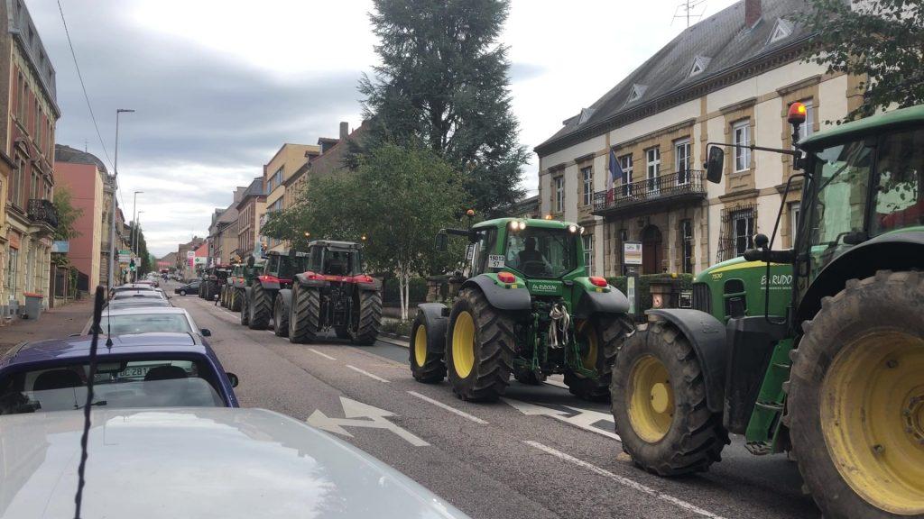 Les agriculteurs manifestent leur colère à Sarreguemines