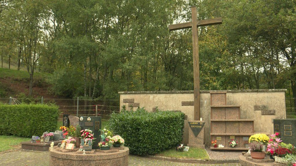 Le columbarium du cimetière de Schorbach