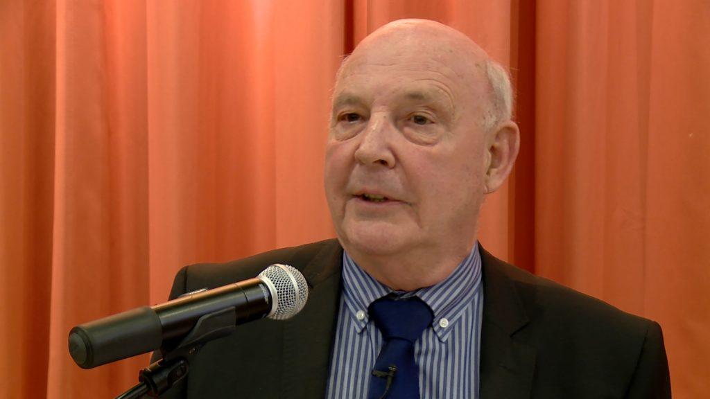 Roland Roth continue la politique
