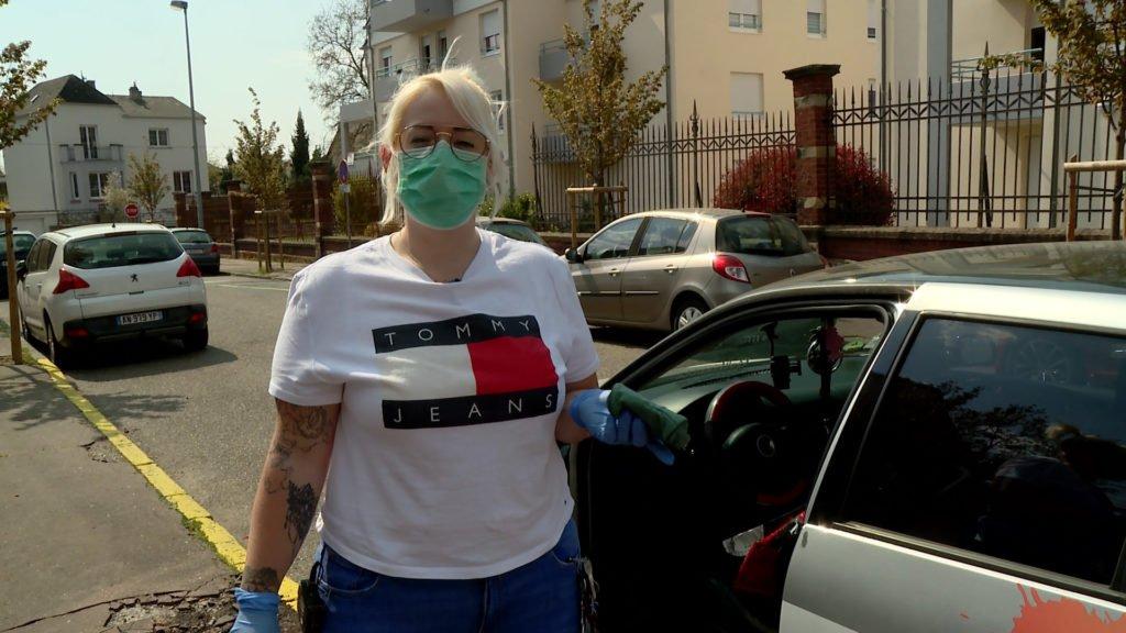 Aurore fait les courses pour Colette : un bel exemple de solidarité intergénérationnelle