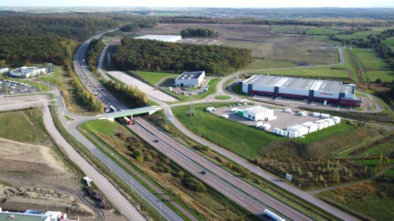 Une usine de fabrication de panneaux photovoltaïque à Hambach ?