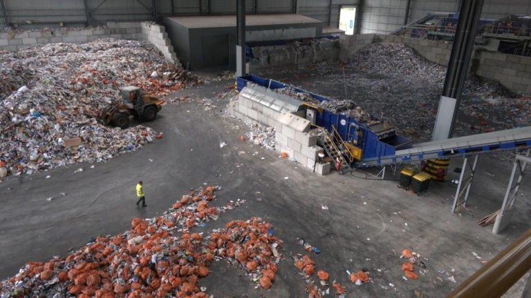 Les sacs orange du Sydeme sont désormais traités dans les Vosges