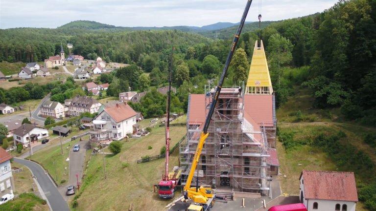 L'église de Mouterhouse a un nouveau clocher !
