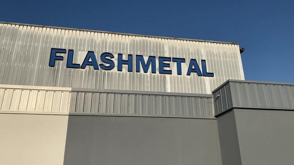 Flashmetal repris par Commet : l'humain en première ligne