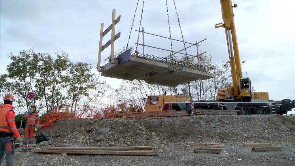 Le nouveau pont de Rech a été posé