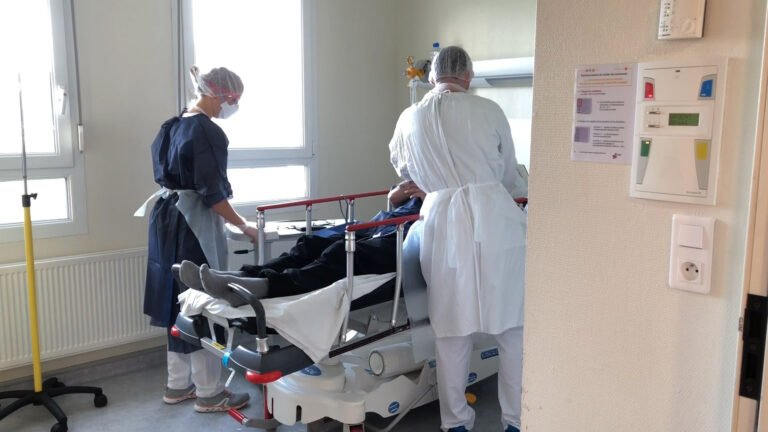 Le nombre de patients atteints du Covid augmente aux urgences
