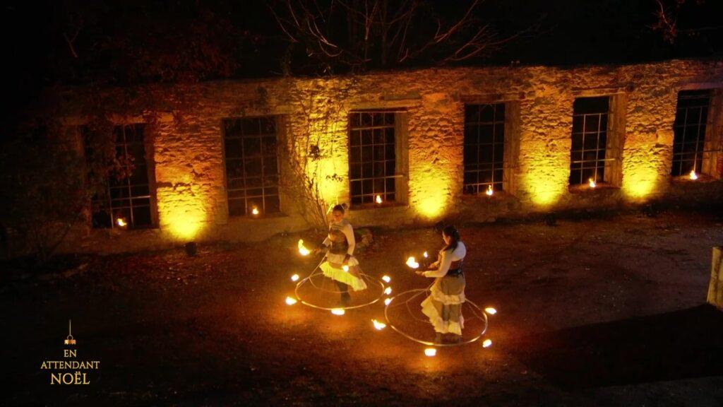 Musique, conte de Noël et spectacle de feu, directement dans votre salon !