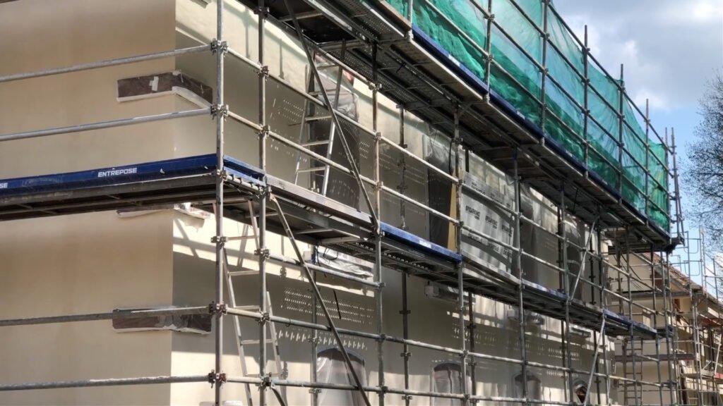 Logiest tient ses engagements en réhabilitant des logements à la Closerie des Lilas