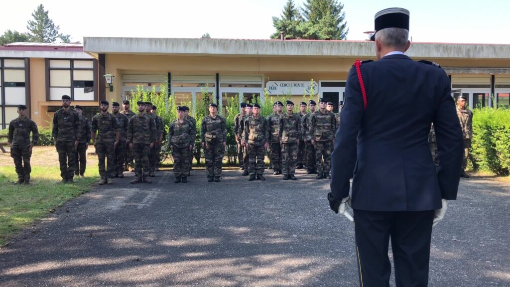 Stagiaires et réservistes mis à l'honneur au 16e BCP